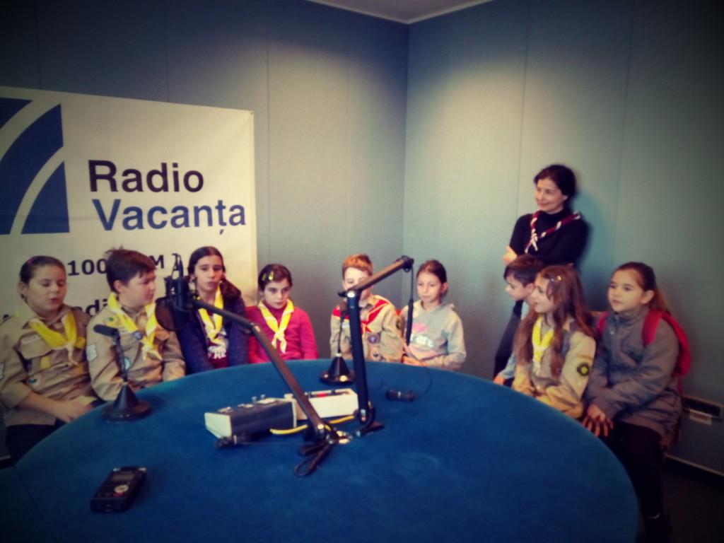 lupisorii_neinfricati_radio